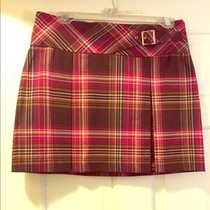 Dresses & Skirts - Red Plaid Skirt👠